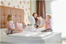 Twin room, Corso Hotel Pecs, Pecs
