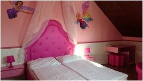 Corvn Hotel, yula, Famly Room