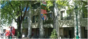 Corvin Hotel, Gyula, Bejárat