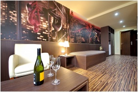 Comfort családi szoba - Corvin Hotel