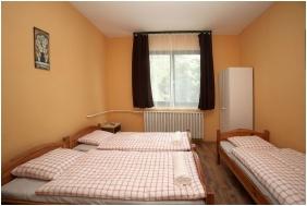Comfort háromágyas szoba - Csillagtúra Panzió