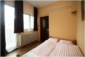 Csillagtura Pension, Eger, Room for four people