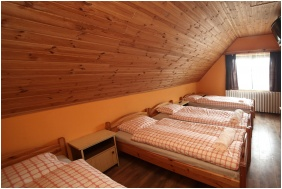 Room for four people, Csillagtura Pension, Eger
