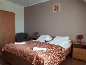 , D&A Apartment House, Egerszalok