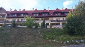 D&A Apartmanház, Előkert - Egerszalók