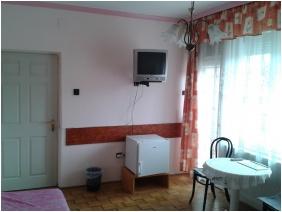 Deák Vendégház, Comfort háromágyas szoba