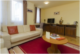 Dom Hotel, Suite