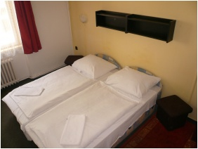 Dominik Pension, Budapest, Economy double room