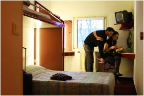 Drive Inn Hotel - Torokbalint