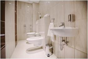 Elixir Medical Wellness Hotel, Morahalom, Bathroom