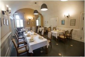 Erzsebet Grand Hotel, Paks, Restaurant