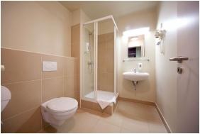 Erzsebet Kralyne Hotel, Bathroom - odollo