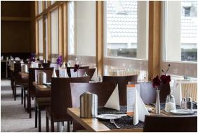 Restaurant - ETO Park Hotel**** Superior Business & Stadium