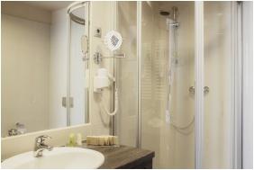 ETO Park Hotel**** Superior Business & Stadium, Bathroom