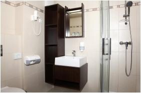 Hotel Ezusthid, Bathroom