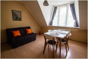 Fészek Apartmanház, szobabelső