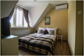 Fészek Apartmanház, Gyula, szobabelső