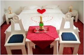 Sleepınğ room, Hotel Fodor Halaszcsarda, Ğyula
