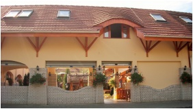 Bejárat - Fodor Hotel Halászcsárda