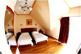 Fried Kastély Szálloda és Étterem, Comfort családi szoba