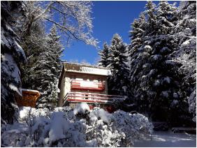 Galya Vendégház, Galyatetô, Télen