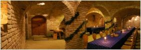 Ğastland M1 Hotel, Wıne tavern / Pub - Paty