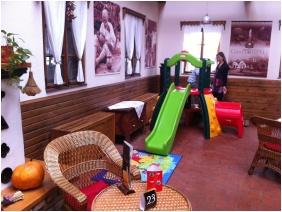 Ğastland M1 Hotel, Playınğ room for chıldren - Paty