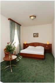 Standard room, Gastland M0 Hotel, Szigetszentmiklos
