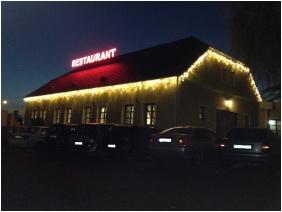Gastland M0 Hotel, Floodlight - Szigetszentmiklos