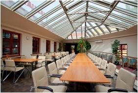 Gastland M0 Hotel, Szigetszentmiklos, Banquet hall