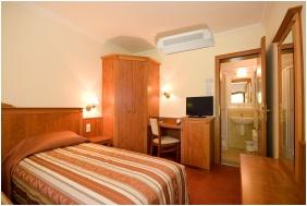 Kétágyas szoba, Geréby Kúria Hotel és Lovasudvar, Lajosmizse