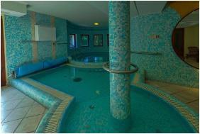 Geréby Kúria Hotel és Lovasudvar, Lajosmizse,