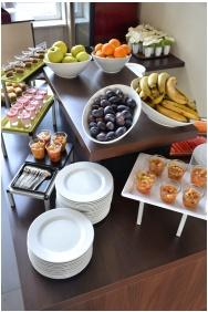 Globall Football Park & Sporthotel, Buffet breakfast - Telki