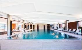 Globall Sport & Wellness Hotel, Élménymedence