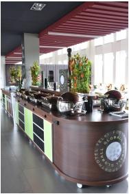 Buffet breakfast, Globall Football Park & Sporthotel, Telki