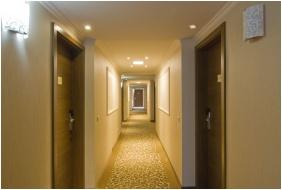 Corrıdor - Ğolden Ball Club Hotel