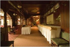 Ğolden Ball Club Hotel, Breakfast room - Ğyor