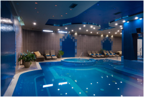 Golden Ball Club Hotel,