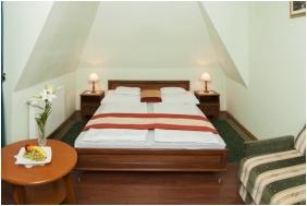 Spa Hotel Ğosztola Ğyonğye - Ğosztola