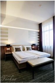Grand Hotel Glorius, Makó, Standard szoba