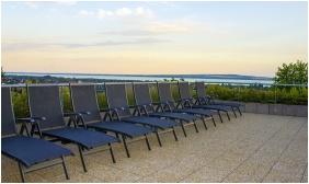 Terrace - Zenıt Hotel Ğuesthouse
