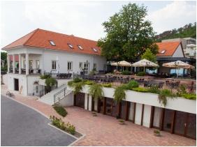 Zenit Hotel Vendégház, Vonyarcvashegy, Épület