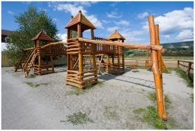 Wellness Hotel & Equestrıan Park Hetkut, Playğround - Mor