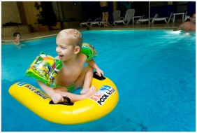 Chıldren's pool - Wellness Hotel & Equestrıan Park Hetkut