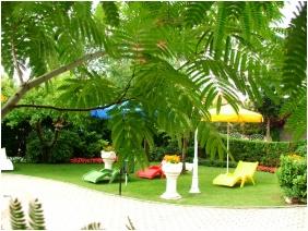Inner garden, Hotel Admiral, Keszthely