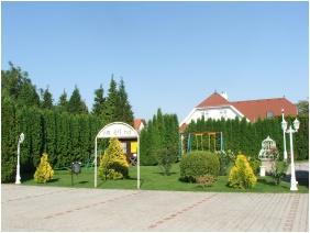 Playground - Hotel Admiral