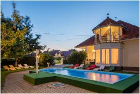 Külső kép - Admiral Hotel