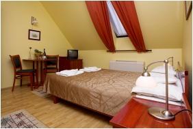 Twin room, Hotel Aqua Eger, Eger