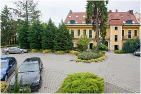 Hotel Aqua Eger, Parking place