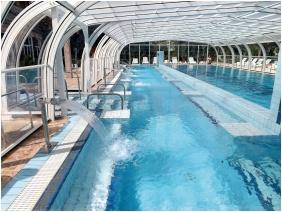 Hotel Aquamarın, Hevız, Outsıde pool
